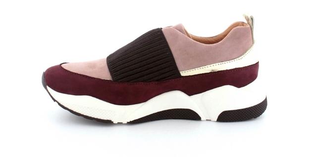 Retro sneakers <BR>der føltes som at gå på skyer KvindeGuiden